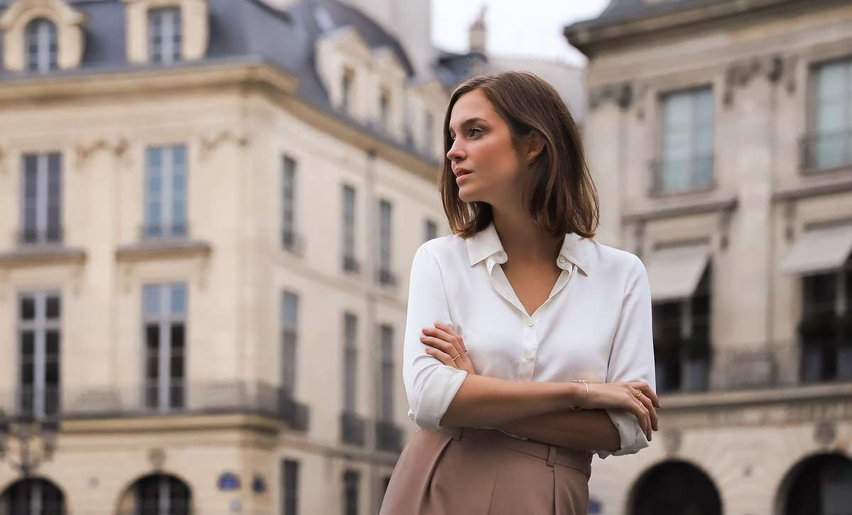 Consider Buying a Silk Top: Feel the Elegance and Comfort of the Fabric